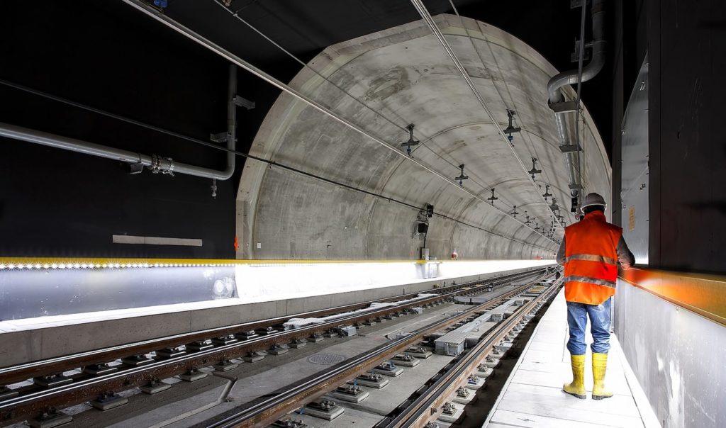 Rail Metisplan sector London Surrey