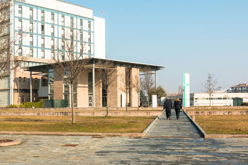 Metisplan construction hospital building public sector